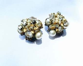 Vintage Signed Robert Earrings Miriam Haskell Style Faux Pearl Bridal Fashion Retro Jewelry