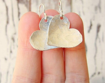 Sterling Silver Heart Earrings.Hand Hammered Silver Earrings.Sterling Silver Jewelry.Hammered Jewelry.Rustic Earrings.Valentines Gift