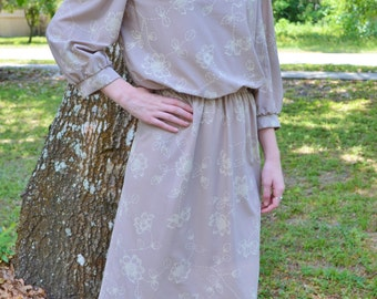 Vintage 1950's Style Carriage Court 80's Dress Light Brown Lace Collar Size 8P / Small