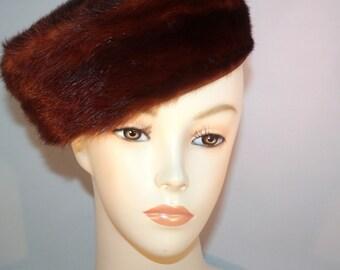 Vintage Mid-Century Pill Box Hat Reddish Brown Fur 1950's 1960's Excellent Condition