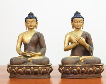 Vintage Large Chinese Gold Gilt Hand Painted Cast Bronze Seated Buddha