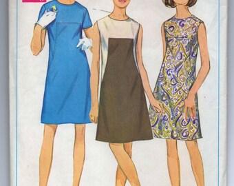 "1960's Simplicity One-Piece Mod Contrast Dress Pattern - Bust 34"" - No. 7535"