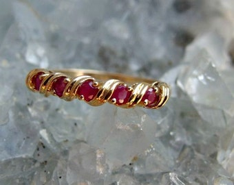 14k Yellow Gold and 5 Stone Ruby Ring, Anniversary, Wedding or Stacking Band with Ribbon Like Design, Size 8 3/4 U.S., Signed 14k
