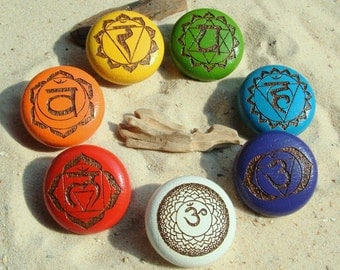 Furniture knobs chakra 7 Cabinet knobs Chakrasymbole - furniture knobs - 7 chakras - oak - incl. screws