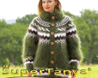 Custom made Icelandic hand knitted mohair cardigan in green by SuperTanya
