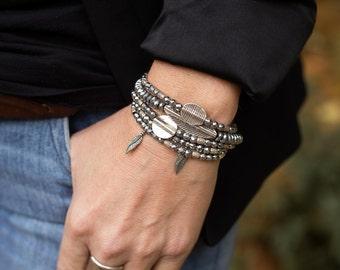 Bracelet Stack, Boho Bracelets, Feather Bracelet, Feather Jewelry, Beaded Bracelets, Stretchy Bracelets, Stackable Bracelets, Set of Five