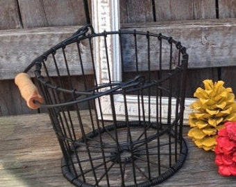 Farmhouse Metal Egg Basket - Table Top Decor - Cottage Chic