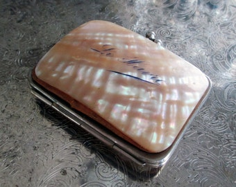 vintage mother of pearl change purse france french souvenir le havre pink salmon satin interior collectible accessory