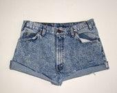 vintage LEVIS high waist cut off blue jean denim shorts / acid wash levis