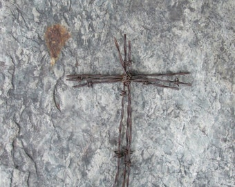 Rustic Barbed Wire Cross ~ Barbed Wire Cross ~ Western Wall Decor ~ Rustic Cross ~ Barbedwire Cross ~ Wedding Cross