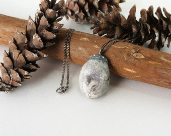 Rounded Oval Natural Gray Geode Druzy Pendant Necklace with Sparkling Crystal, Bold Stone Jewelry
