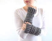 Crochet Chunky Fingerless Armwarmers Gloves Mittens // The Lenolas // in Pewter