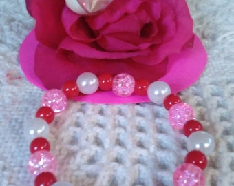 Valentines Day Bracelet Red White Pink Beads Stretch