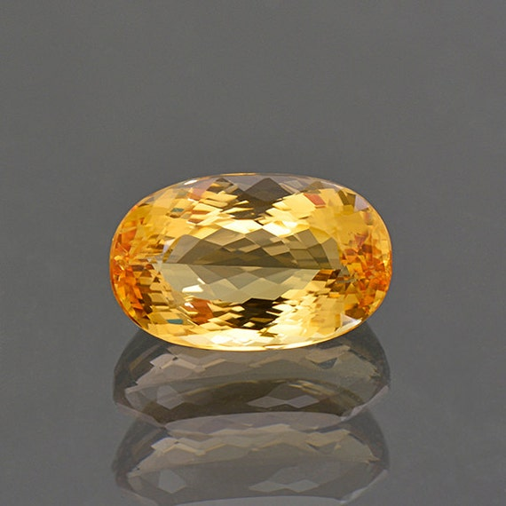 beautiful imperial topaz gemstone from brazil 7 46 cts