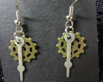 Steampunk Earrings, Steampunk, Steampunk jewelry, Gear earrings, Gear Jewelry, Industrial, Gothic, Clock hand earrings, Clock hand Jewelry,