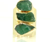 Emerald Ring, Emerald,May Birthstone, Raw Emerald Ring, Statement Ring, Crystal, Gold Gemstone Ring, Natural Emerald Ring,Raw Stone Jewelry.