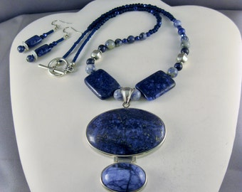"18"" Lapis Stone 3-Tiered Necklace"