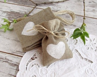 50 Wedding burlap favor bags, white hearts bags, burlap gift bags, rustic favor bags, gift candy bags, Shabby Chic wedding gift