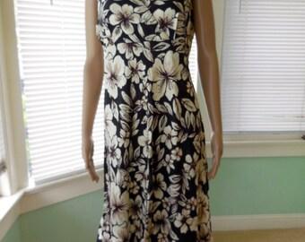 Vintage HAWAIIAN Sun Dress/Floral Sundress/Short Floral Dress/Tiki Dress/Summer Dress/IOLANI/80s Vintage Hawaiian Dress/Aloha Dress/Size 8