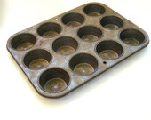 Ovenex Muffin Pan, Vintage Muffin Tin, Antique Muffin Tin, 12 cup