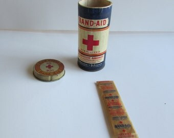 RARE Red Cross Band Aid Adhesive Bandages In Original Container One Original Band Aid Johnson & Johnson Sterile Bandage Cardboard Container