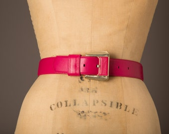 1980s Hot Pink Leather Belt with Pink and Gold Square Buckle | Liz Clairborne