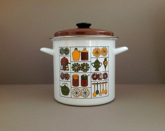 Vintage Enamelware Stock Pot and Steamer, Retro Porcelain Steam Pot, Vintage Porcelain Cookware