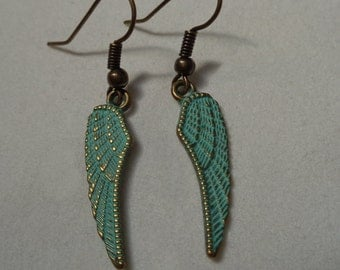 Wings Earrings.  Turquoise & Gold Tone Wings