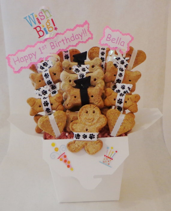 Dog Birthday Gift Baskets : Personalized dog treat birthday gift basket biscuits