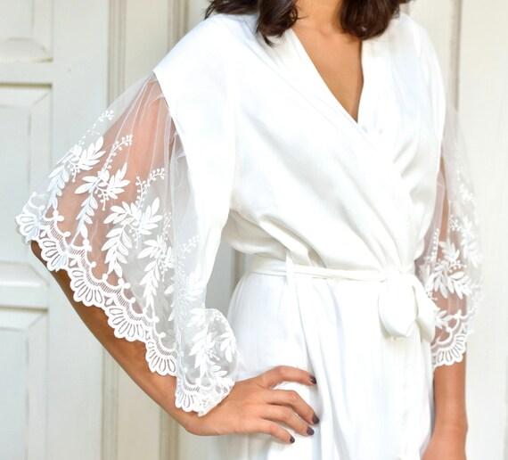 Bridal Robe, Ava Maria, Ivory Lace Robe - Code: P133