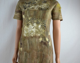 beautiful dress  of silk felted