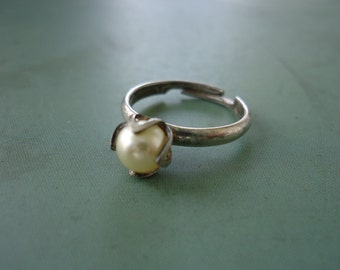 Sarah Coventry Faux Pearl and Sterling Ring