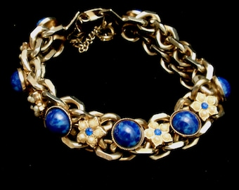 Chain Bracelet with Blue Cabs and Imitation Pearls