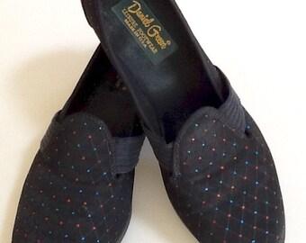 Vintage Daniel Green Slippers / Shoes / SZ 7 / NOS / Retro / Slip Ons / High Fashion