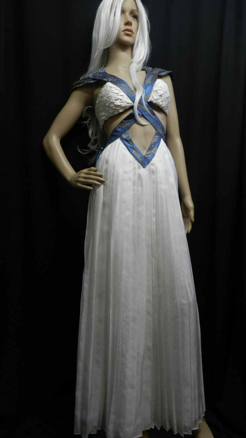 daenerys targaryen blue white - photo #5