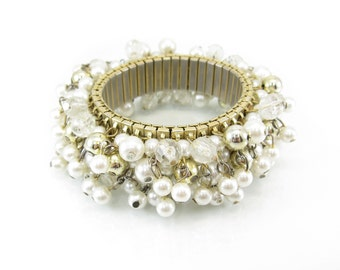Vintage Cha Cha Bracelet, Accordion Bracelet, Faux Pearls, Lucite Beads, Gold Tone