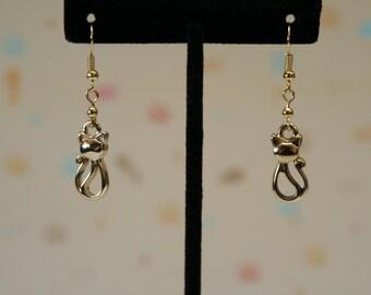 Light Gold Sophisticat Earrings