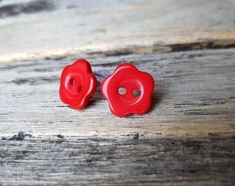 ON SALE Red Flower Earrings, Button earrings, Button studs red stud earring, Bridesmaid earrings Bridal studs floral earrings button jewelry