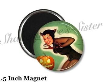 Pinup Girl Magnet - Fridge Magnet - Vintage Halloween Magnet - 1.5 Inch Magnet - Kitchen Magnet - Pin-Up Girl
