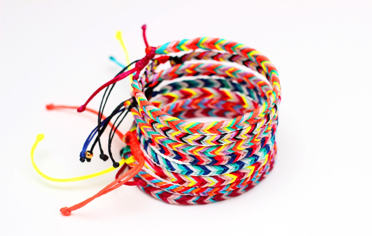 braided string bracelets - photo #6