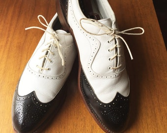 Vintage 80s Footjoy Classics Black and White Spectator Wingtip Shoes 12A