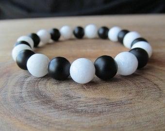 Black Onyx and White Jade  Bracelet, Stacking Bracelet, Men's Bracelet, Mala Bracelet, Layering Bracelet, Beaded Bracelet, Gift for Men