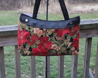 Christmas Holiday Poinsettia and Roses  *SKIRT ONLY* for the Thirty One Gifts Brand FITTED Skirt Purse