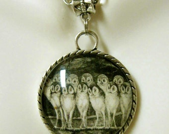 An owl jury pendant with chain - BAP26-104