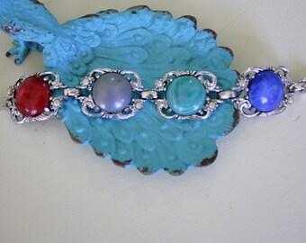 Jewel Tone Thermoset Cabochon Bracelet Silver Tone Chunky Large Links