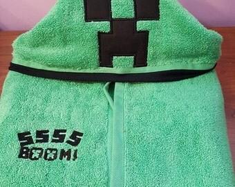 Creeper Minecraft Hooded Towel