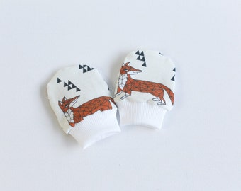Organic baby mittens, baby scratch mitts in GOTS fabric with foxes. Baby Gift Organic Boy or Girl Hand Covers Eco Friendly Gender neutral