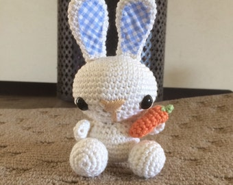 Crochet Amigurumi Bunny with Carrot, White
