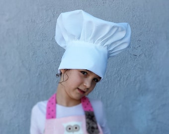Kid's chef hat.  reglable Toque for kids.