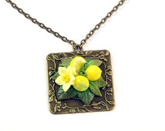 Lemon Necklace - Polymer clay jewelry  - Lemon pendant - Handmade jewelry  - Yellow citrus jewellery - Fruit pendant